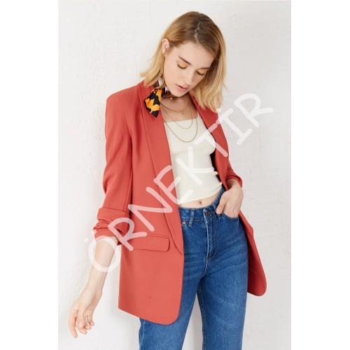 Kolu Büzgülü Çift Cep Blazer Ceket